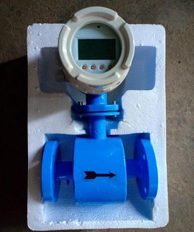 đồng hồ nước điện từ tại kho THP