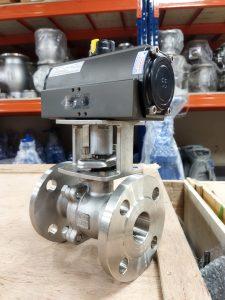 sản phẩm van bi inox lắp bích điều khiển khí nén